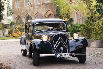 Hochzeitsauto Leipzig - schön restaurierter Citroen Oldtimer für Ihre Hochzeit in Leipzig