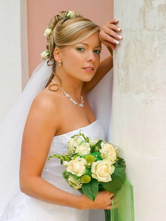 Brautfrisur Hochzeitsfrisur