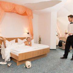 Gemütliche Hochzeitsnächte im Hotel Waldesruh