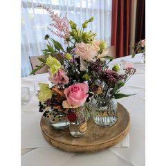 Florale Tischzier von der Hochzeitslocation Heiraten im Burgenland