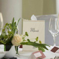 Tischdekoration zur Hochzeit von Blumen art hallbauer aus Wildenfels