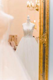 Bei Blush & Bleu Brautmode in Dresden erhältst Du das Brautkleid mit ehrlicher Beratung und in einem tollen Ambiente.