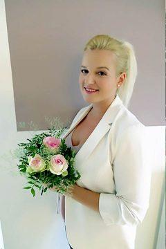 Sarah Schötter, die Spezialistin für Ihre Hochzeitsplanung